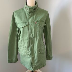 LEVI NWT. Green Zip Up Jacket with Built in Hood